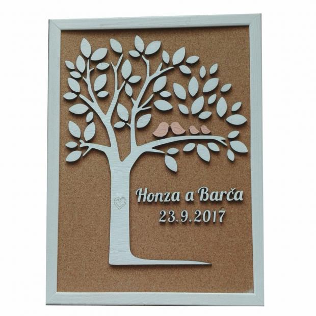 Svatební kniha hostů ve formě stromu na korkovém rámu Svatební strom na korkovém rámu se srdci podle počtu hostů