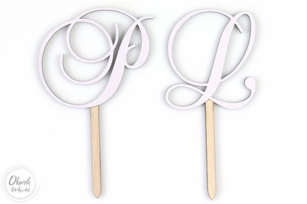Svatební zápich do dortu s Vašima iniciálama Zápich na svatební dort s Vašima iniciálama