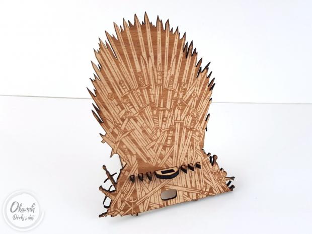 Trůn pro Váš telefon na motivy Game of Thrones Trůn pro Váš telefon na motivy Game of Thrones