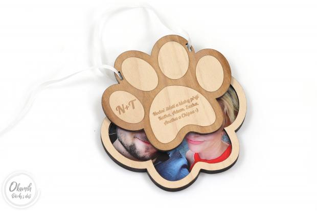 Pouzdro pro finanční svatební dar s iniciálama novomanželů navrženo pro milovnici pejsků Pouzdro na penízez pro novomanžele které spojuje i láska ke psům
