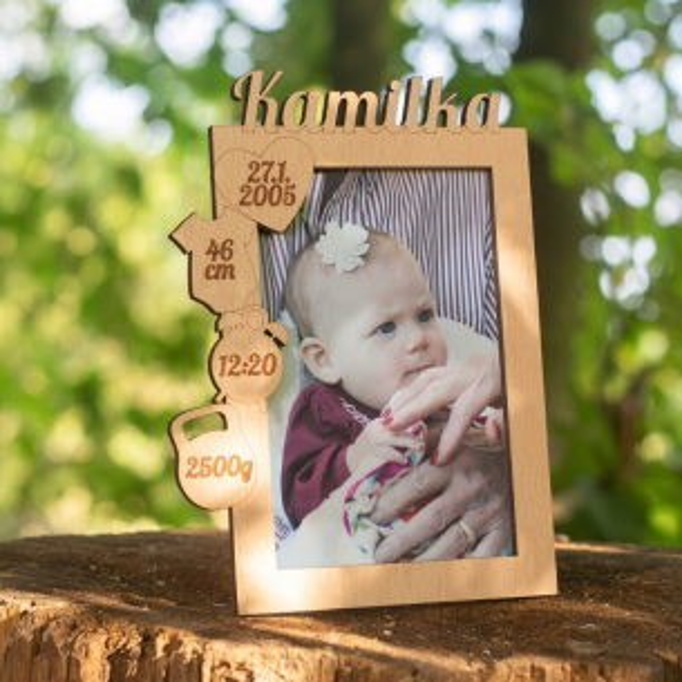 Rámeček k narození miminka s údaji o narození vlevo nahoře Rámeček na fotky s údaji o narození dítěte na výšku