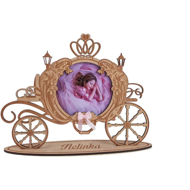 Netradiční princeznovský rámeček Dětský kočár jako rámeček na fotky se jménem dítěte