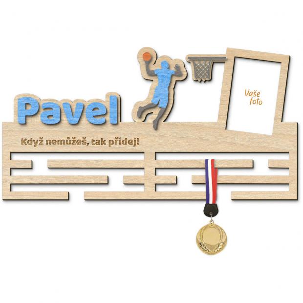 Basketbalový věšák pro muže na Vaše medaile s rámečkem Věšák na medaile basketbal - se jménem, velký, s fotorámečkem