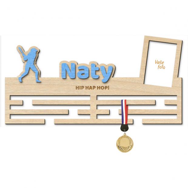 Věšák na medaile pro ty nejlepší softballisty Věšák na medaile softbal - se jménem, velký, s fotorámečkem
