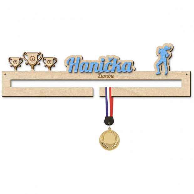 Věšák na medaile pro tanečnice zumby Věšák na medaile zumba - se jménem, střední