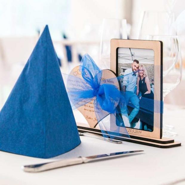Svatební rámeček aneb vzkaz rodičům - bereme se! Poděkování rodičům - svatební fotorámeček s vlastním textem
