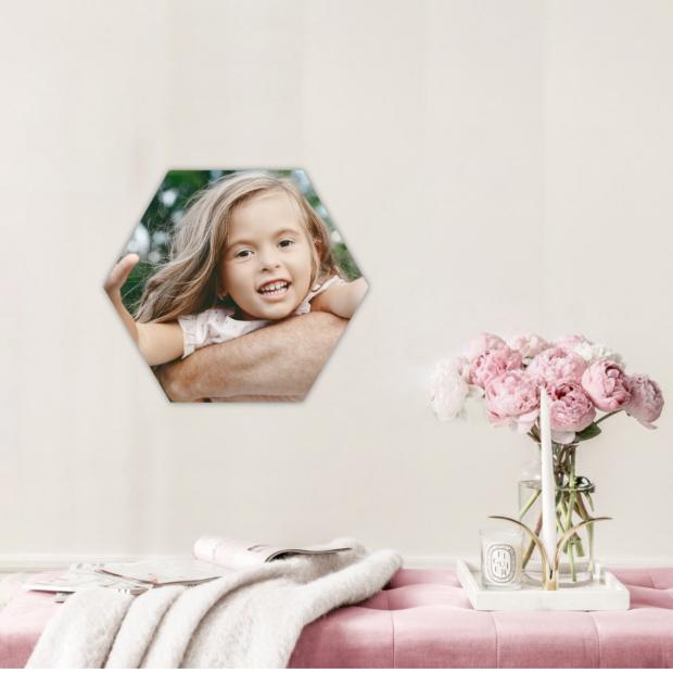 1 dřevěná hexagonka 21x18 cm - foto dekorace s barevným potiskem 1 dřevěná hexagonka - foto dekorace s barevným potiskem